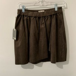 Wilfred Free || vegan suede skirt